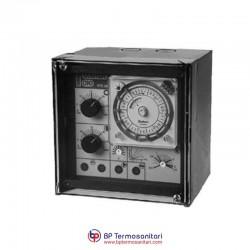 RTE 982 Regolatore climatico analogico per comando valvola o bruciatore con orologio giornaliero Bp Termosanitari